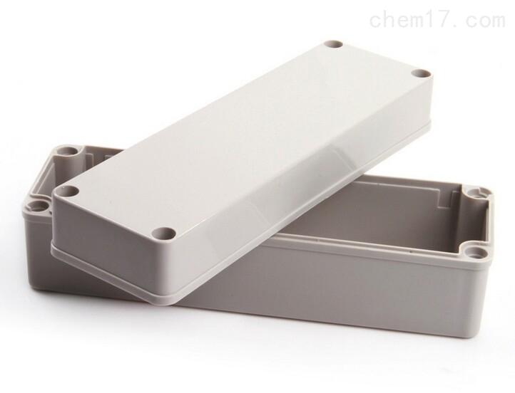 乐清市明舟塑料盒厂专业生产销售各规格塑料接线盒,其中zui常用的规格就有250*85*80mm塑料接线盒250*150*95mm塑料接线盒250*150*100mm塑料接线盒250*150*130mm塑料接线盒。 250*85*80mm塑料接线盒其适应于恶劣工业环境下的电子电气控制设备或各种防自然灾害设备,内可装长宽高小于250*85*80mm透明的电子元器件,如断路器,接触器等产品。 采用台湾进口高强度ABS材料制成,默认规格为灰白色壳体,塑料防尘,抗冲击,耐腐蚀,寿命长,绝缘性能长,易加工。 非常坚固