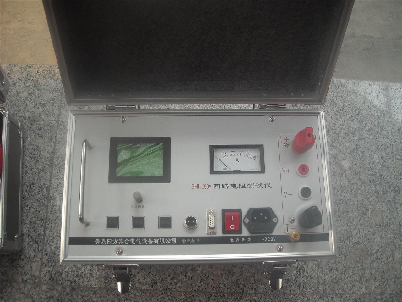 摘要:回路电阻测试仪按交接和预防性试验规程要求,对各种开关设备导电回路电阻的测量,其测试电流不得小于100A/200A,对此我公司按新规程的要求研制出新一代智能化回路电阻系列产品,广泛应用于测试高低压开关的主接触电阻及高低压电缆线路的直流电阻值。